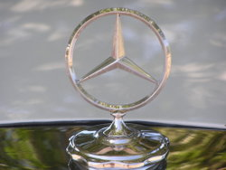 Mercedes-Benz Logo from 280 SE