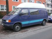 Late 1990s Transporter Highroof Half-panel with long wheelbase.  Note different bumper and front sheetmetal from T4a above
