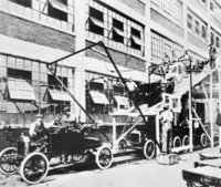 Ford assembly line (1913)