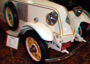 This image may be viewed in 3D stereo with Anachrome glasses
